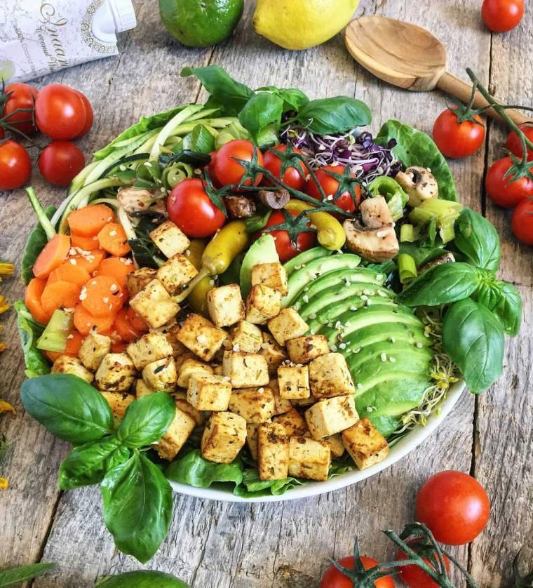 Tofu-Gemüse-Bowl_BiancaZapatka